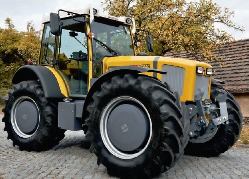 3. abra. EWD 120 tipusjelzésű 91kW-os dízel-elektromos traktor