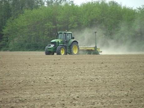 Kajászói földügyek - A gazdatanács törvénytelen birtokviszonyokról beszél, az NFA visszautasítja a vádat
