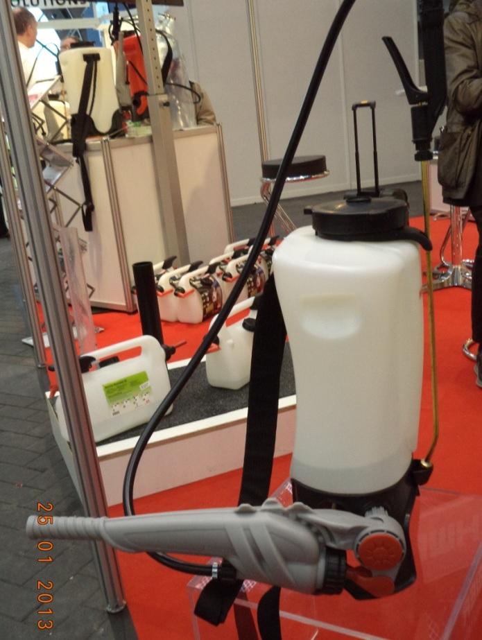 Birchmeier RPD 15 permetezőgép a hajtókarba épített szivattyúval