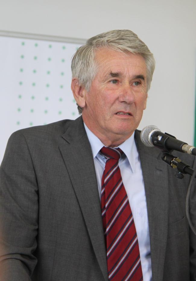 Búvár Géza vezérigazgató