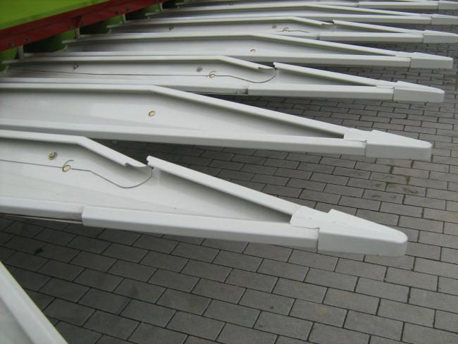 3. ábra: SUN-SPEED 12-75 speciálisan kialakított gyűjtőtálcái