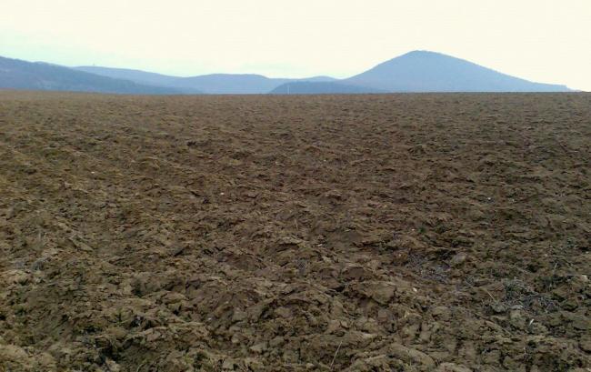 Az év végéig az összes szerződést megkötnék a Földet a gazdáknak program keretében