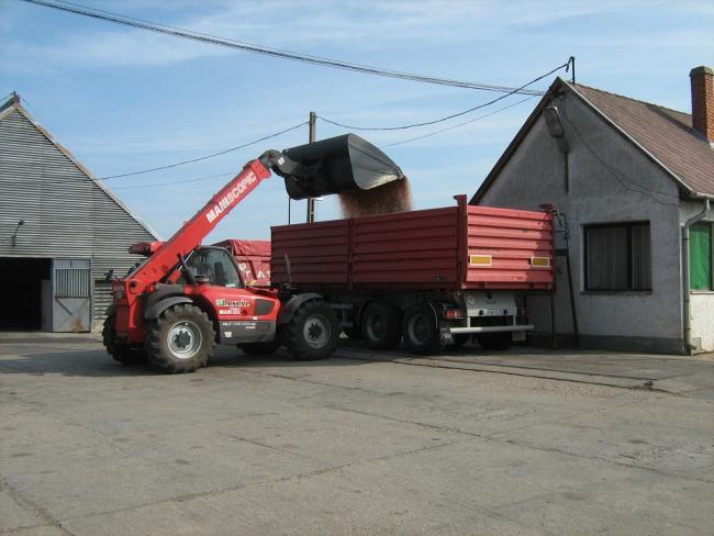 8. ábra: A szállítóeszköz összgördülő-tömegének pontos beállítása hídmérlegen