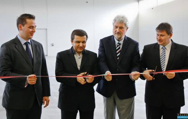 Balról jobbra: Vaszkó Péter, az Agri - Corn Kft. képviseletében, Dr. Czomba Sándor, Dr.Vitányi István, Szabó József