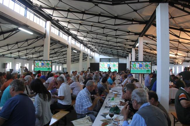 A BASF immár 11. alkalommal rendezte meg a hagyományos szántóföldi bemutatóját, azaz a Szántóföld Napja rendezvénysorozatot. Idén is az ország négy helyszínére (Kondoros, Hajdúböszörmény, Szekszárd, Beled) vitték el a nagysikerű eseményt, melyre közel 1000 gazda volt kíváncsi.