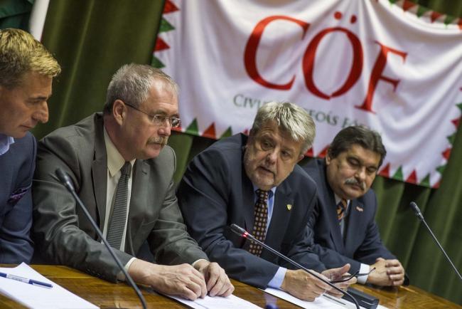 Stratégiai együttműködési megállapodás az FM és a CÖKA között