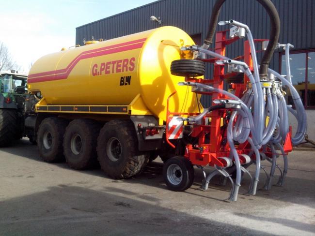 4.kép Jako BI kultivátor kapatagos injektáló szállítási helyzetben
