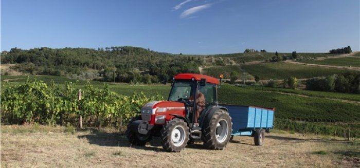 McCormick F90XL traktor
