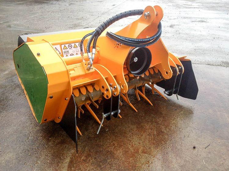 Serrat OliVina T-1800 felszedős zúzó
