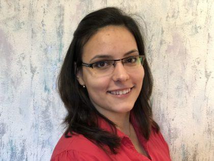 Sárándi-Kárpáti Rita : online szerkesztő