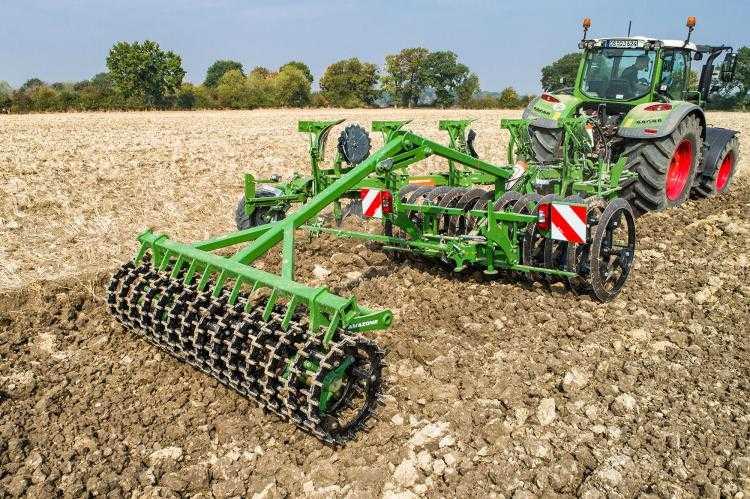 Kombinált, ékgyűrűs és Crosskill hengerekből álló szántáselmunkáló (fotó: amazone.com)