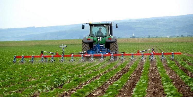 Hatzenbichler sorközművelő a mezőgazdaságban