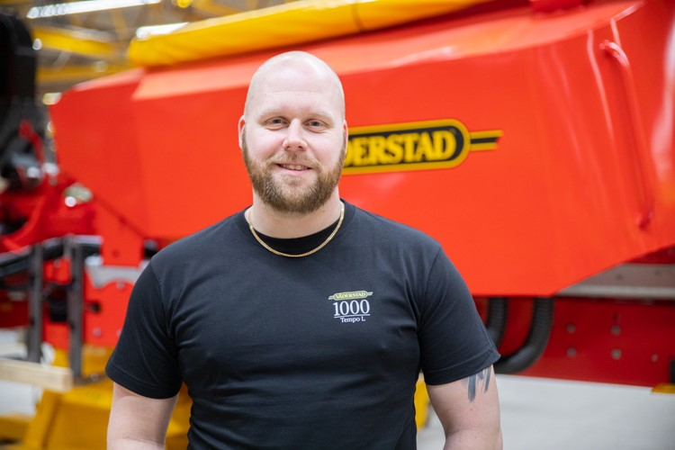 Andreas Karlsson, Väderstad