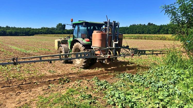 Mezőgazdaság, a folyékony NPK kijuttatása