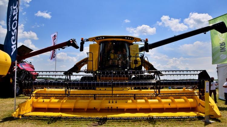 Mezőgazdaság, gépbeszerzés